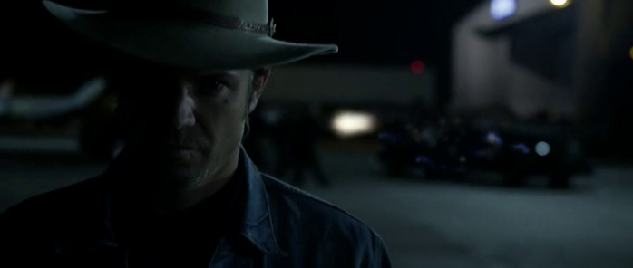 """Raylan Givens (Timothy Olyphant) in Justified Season 4 Episode 13 - """"Ghosts"""""""