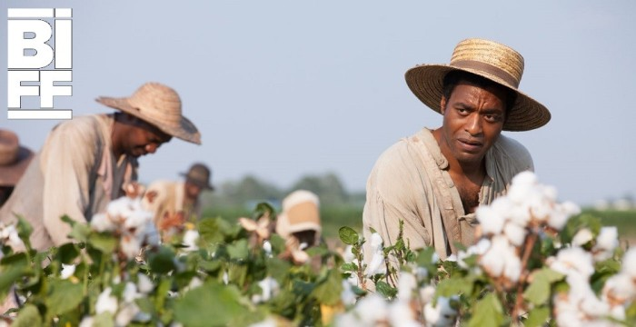 12 Years a Slave - Chiwetel Ejiofor picking cotton