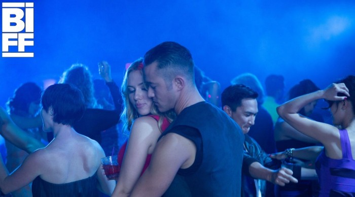 Joseph Gordon-Levitt and Scarlett Johansson in Don Jon (2013)