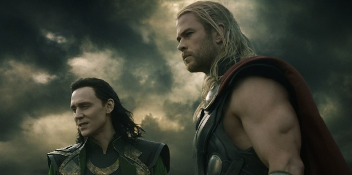 Tom Hiddleston and Chris Hemsworth in Thor: The Dark World (2013)