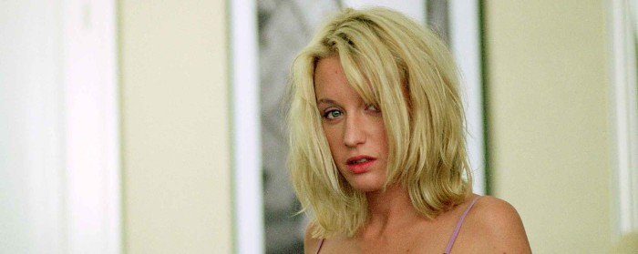 Ludivine Sagnier in A Girl Cut in Two (2007)