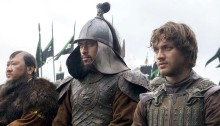 Lorenzo Richelmy and Benedict Wong in Marco Polo