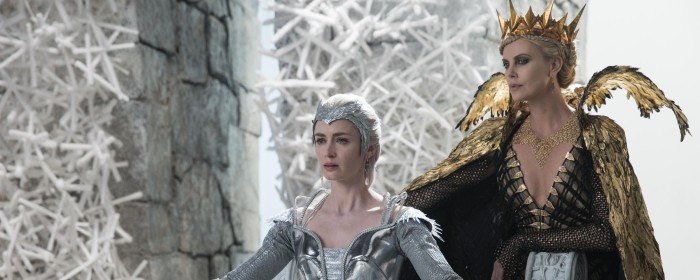 Emily Blunt and Charlize Theron in The Huntsman: Winter's War (2016)