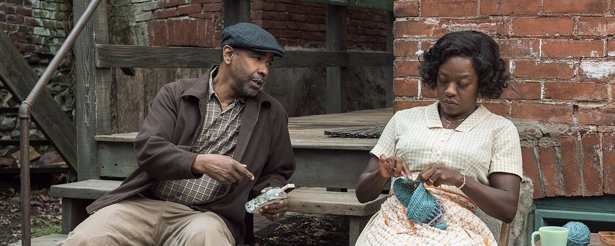 Denzel Washington and Viola Davis in Fences
